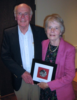 Lon and Lynn Emerick receiving Outstanding Writer Award 2012