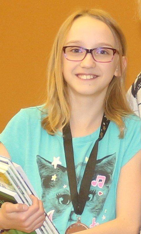 Sarah Lauzon (Ironwood, MI)